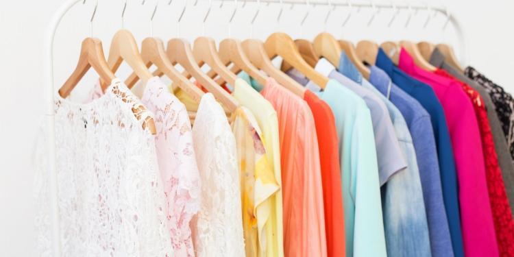 Kıyafetler nasıl saklanmalı? - Resim 1