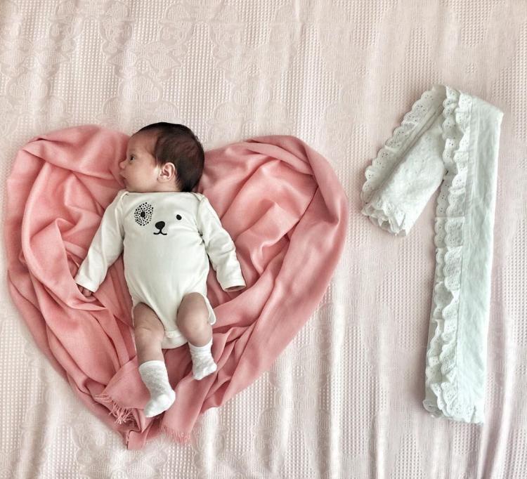 Konsept bebek fotoğraf çekme şekilleri! Evde bebek fotoğraf çekimi nasıl yapılır?