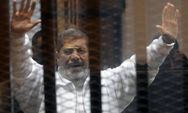 <p>Muhammed Mursi kimdir?</p>  <p></p>  <p>Mısır'da darbe sonrasında yönetimden el çektirilen Muhammed Mursi, ülkenin demokratik yollarla seçilen ilk ve tarihinin 5'inci cumhurbaşkanıdır</p>