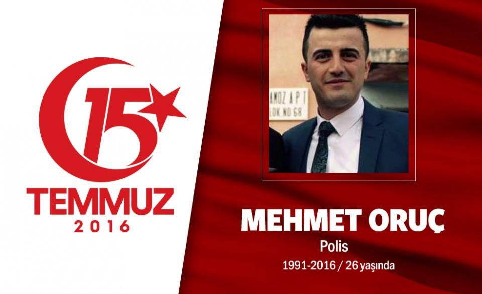 """<p>İkiz polis memurları, aynı anda şehadet şerbetini içtiler. İkiz oğullarını kaybeden Baba Hacı Ali Oruç cenaze töreni sırasında """"Oğullarım. Beni bırakıp nereye gittiniz? Ben sizsiz ne yapacağım."""" diyerek gözyaşı döktü. Şehitler Mehmet ve Ahmet Oruç, son yolculuklarına Adana'da binlerce kişinin katıldığı törenle uğurlandı.</p>  <p></p>"""