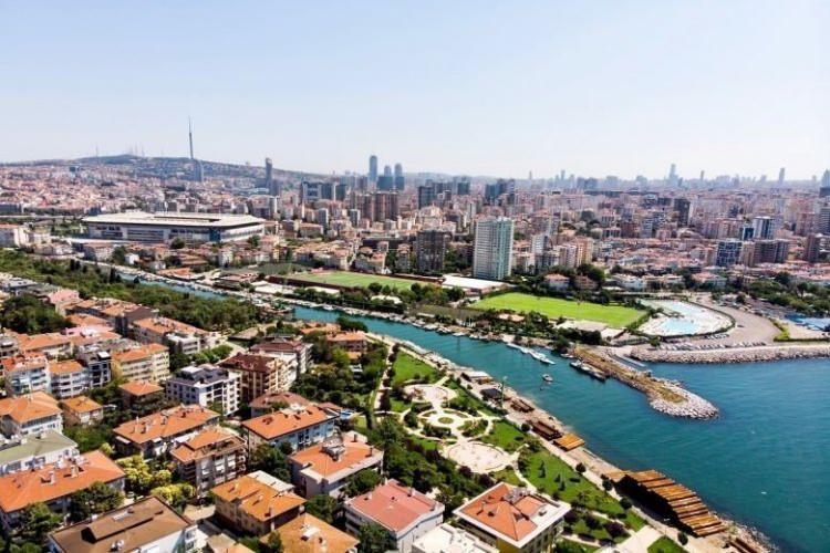 <p>Kadıköy 1.800 TL</p>