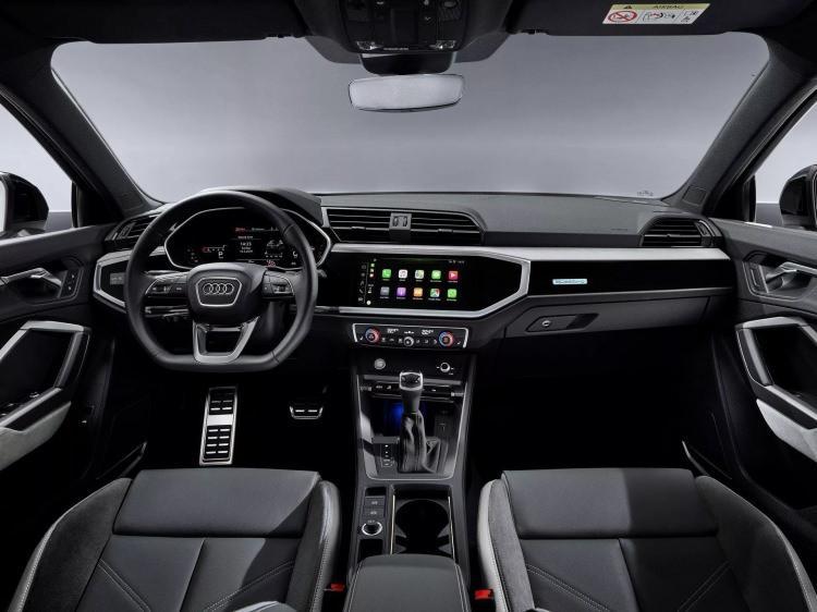 2019 Audi Q3 Sportback yeni döneme damgasını vuracak!