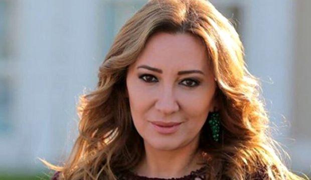 <p>Ayşegül Günay Anadolu Üniversitesi Devlet Konservatuvarı Tiyatro Bölümü mezunu oyuncularımızdandır. Bir çok sinema ve dizide rol alan Ayşegül Günay 1969 doğumludur. Özellikle Fox Tv ekranlarında yayınlanmış olan Yer Gök Aşk dizisinde Sultan karakteri ile ekran severlerin büyük beğenini kazanan usta oyuncu aslen Eskişehir'lidir.</p>  <p></p>