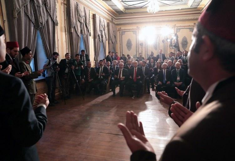 <p>Türkiye Cumhurbaşkanı Recep Tayyip Erdoğan, Sivas Kongresi'nin 100. yıl dönümü etkinlikleri kapsamında Sivas'taki Atatürk Kongre Müzesi'ne geldi.</p>