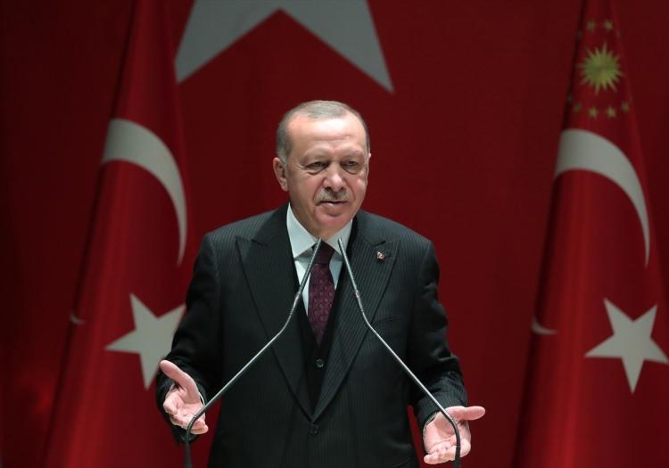 <p>Türkiye Cumhurbaşkanı ve AK Parti Genel Başkanı Recep Tayyip Erdoğan, partisinin Genel Merkezi'nde Genişletilmiş İl Başkanları Toplantısı'na katılarak konuşma yaptı.</p>