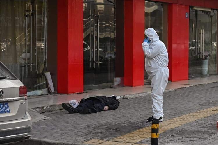 <p>Dünyayı alarma geçiren coronavirüsünün sıfır noktası Wuhan'dan vahim görüntüler geliyor. Çin'den gelen son dakika bilgisine göre; coronavirüsünde 9 bin 809 hasta, 213 ölü var...<br /> Kaynak: Hürriyet - Fulya Asena KAHRAMAN</p>  <p></p>