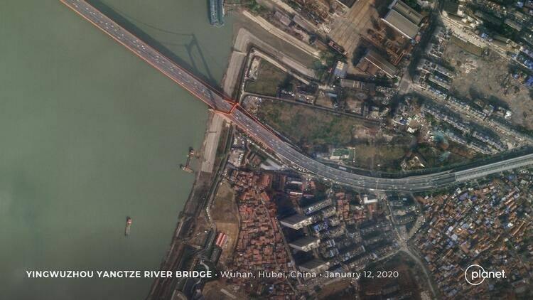 <p>İşte Wuhan sokaklarının virüs öncesi ve sonrasında çekilmiş fotoğrafları...</p>  <p></p>