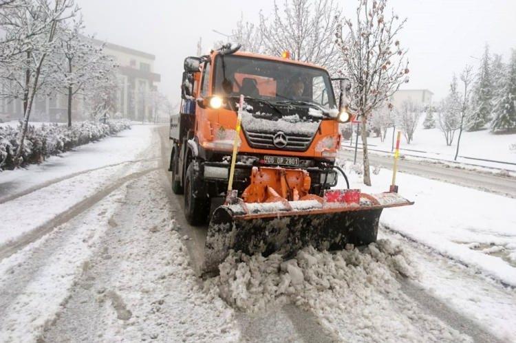 İstanbul'da kar yağışı ne kadar sürecek? Kritik uyarı yapıldı
