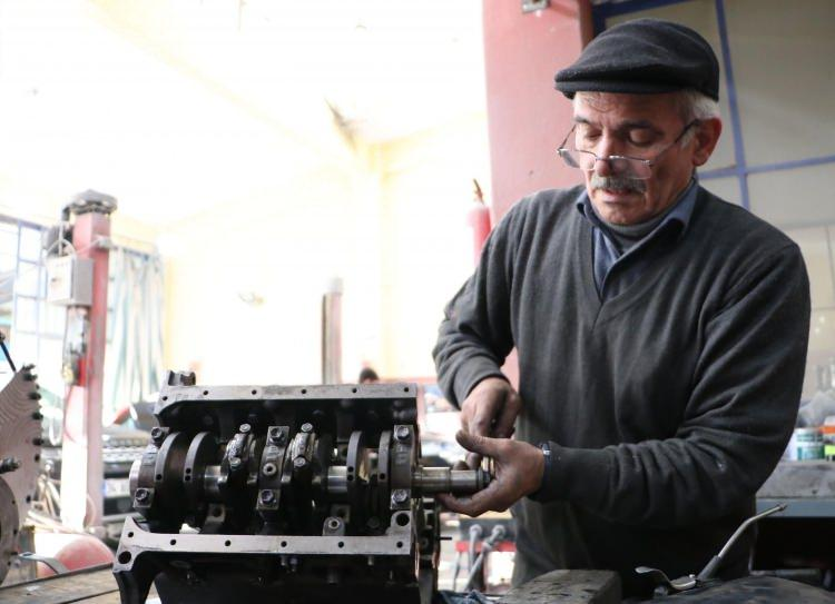 Bakanlık, kare pistonlu araç motoru tasarlayan usta ile temasa geçti