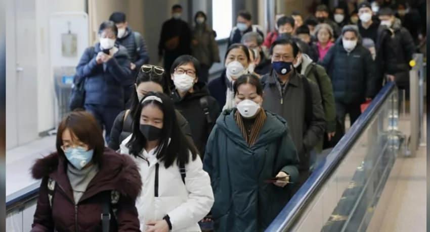 <p>ABD'deki Yale Üniversitesinde Virolog (Virüs Bilimci) olarak görev yapan Prof. Dr. Akiko Iwasaki, yeni tip koronavirüsün, mevsimsel grip ile karşılaştırılmayacak kadar ciddi olduğunu verilerle ortaya koydu. Koronavirüse karşı hiç bir bağışıklılığımızın olmadığını kaydeden Iwasaki yeni tip virüsün 20 kat daha ölümcül olduğunu ve 3 kat daha hızlı yayıldığının altını çizdi. İşte mevsimsel grip, koronavirüs, SARS ve MERS karılaştırmaları...</p>