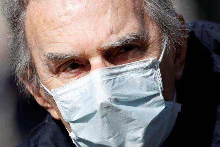 """<p><strong><a href=""""http://www.haber7.com/etiket/iran"""" target=""""_blank"""">İRAN</a>'DA ÖLÜ SAYISI 2 BİN 517'YE YÜKSELDİ</strong><br /> <br /> İran Sağlık Bakanlığı Halkla İlişkiler Sorumlusu Kiyanuş Cihanpur, dün düzenlediği basın toplantısında koronavirüs salgınıyla ilgili son 24 saatlik bilançoyu açıkladı. Cihanpur, ülkede salgın nedeniyle ölenlerin sayısının 2 bin 517'ye ulaştığını, virüs teşhisi konulankişi sayısının ise 35 bin 408'e çıktığını bildirdi.</p>"""