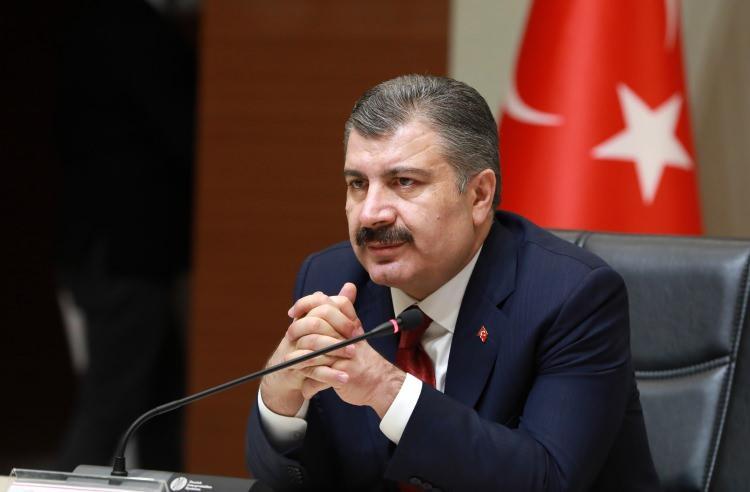 <p>Sağlık Bakanı Fahrettin Koca Türkiye'de koronavirüs hangi illerde görüldü canlı yayında açıkladı. ''Dün itibariyle bütün illerimizde artık bu virüsün olduğunu biliyoruz. O nedenle açıklamakta bir sakınca olmadığını düşünüyoruz.'' ifadelerini kullanan Koca Türkiye tablosunu verdi. Peki hangi ilde ne kadar koronavirüs vakası var? İşte il il koronavirüs vaka sayısı...</p>