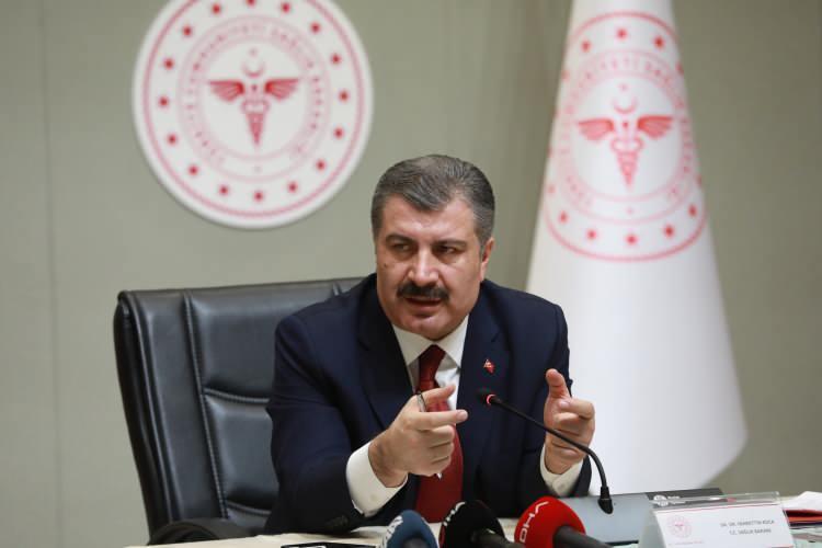 <p>Bakan Çavuşoğlu Türkiye'de 81 ilin vaka sayısını açıkladı:</p>