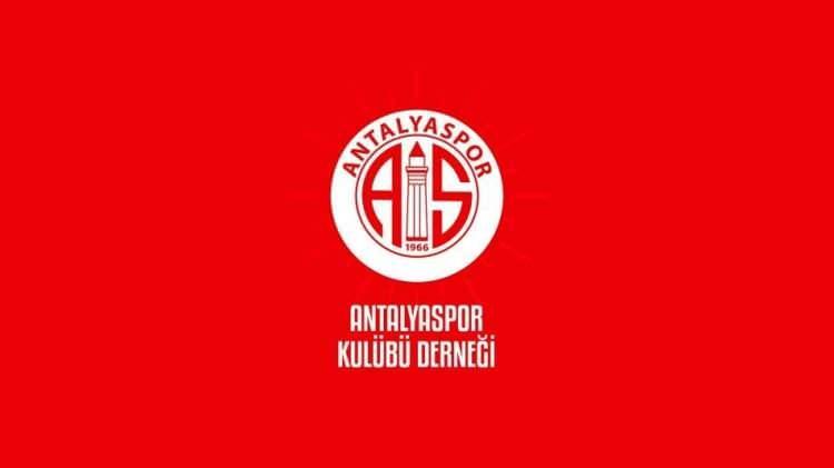 <p><strong>ANTALYASPOR</strong></p>  <p>Cumhurbaşkanımız Sayın Recep Tayyip Erdoğan'ın çağrısına duyarlılık göstererek Milli Dayanışma Kampanyasına biz de katılıyoruz. Antalyaspor Kulübü Derneği olarak, 'Biz Bize Yeteriz' söylemiyle, Milli Dayanışma Kampanyasına 500 bin TL ile katkıda bulunduk.</p>