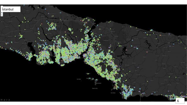 <p><strong>İSTANBUL'DA CORONA VİRÜS VAKA SAYISINI YÜKSEK OLDUĞU İLÇELER!</strong></p>  <p></p>  <p>Sağlık Bakanı Fahrettin Koca tarafından paylaşılan İstanbul Corona virüs vaka haritasında vaka yoğunluğunun nüfusun fazla olduğu bölgelerde yani kıyı ve kıyıya yakın olan ilçelerde toplandığı dikkatlerden kaçmadı. Özellikle Bağcılar, Esenler, Bayrampaşa, Büyükçekmece, Küçükçekmece, Beylikdüzü, Esenyurt, Avcılar, Zeytinburnu, Bakırköy, Eminönü, Fatih, Beşikktaş, Arnavutköy, Üsküdar, Kadıköy, Ümraniye, Ataşehir, Maltepe, Kartal, Pendik, Sultanbeyli ilçelerinde vakaların büyük bir bölümünün toplandığı görülüyor. Diğer kısımlarda ise vaka yoğunluğunun kıyı kesimlerde bulunan ilçeler kadar görülmediği harita üzerinde net bir şekilde paylaşıldı.</p>