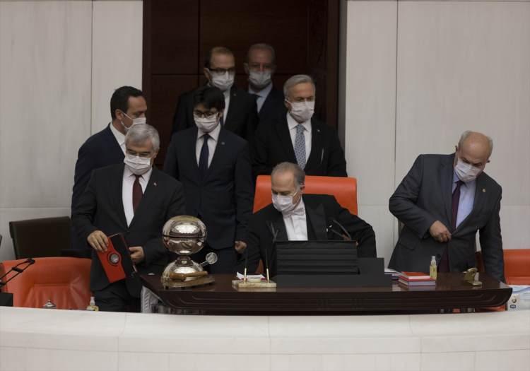 <p>Türkiye Büyük Millet Meclisi (TBMM) Genel Kurulu, Başkanvekili Levent Gök başkanlığında toplandı.</p>  <p></p>