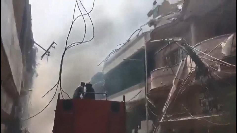 <p>Yerel medya, uçakta 90 yolcunun, 8 mürettebatın bulunduğunu duyurdu. Kazadan kurtulan olup olmadığının henüz bilinmediği aktarıldı.</p>