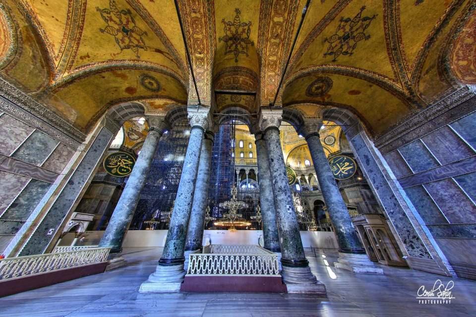 <p>Varlığını Osmanlı mimari unsuru eklemeleriyle sürdürdü ve 1935'te de müzeye dönüştü.</p>