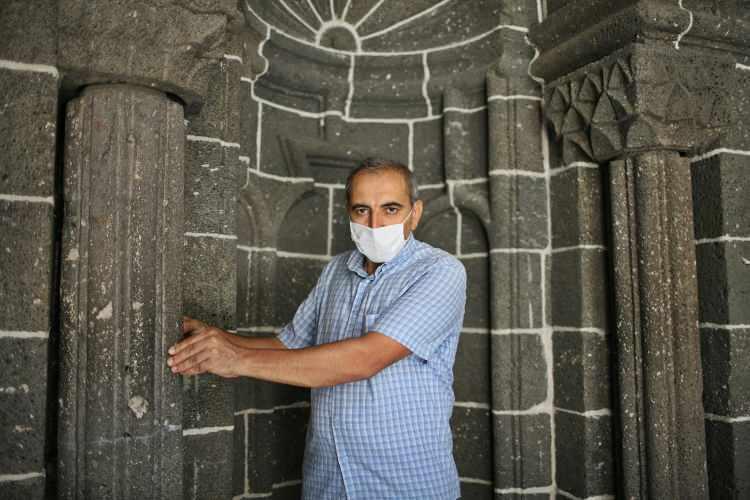 797 yıl önce yapıldı, depremdeki kaymaları haber veriyor!