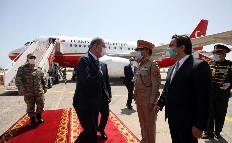 <p>Törenin ardından Bakan Akar ve Genelkurmay Başkanı Güler, mutabakat kapsamında oluşturulan Savunma Güvenlik İşbirliği ve Eğitim Yardım Danışma Komutanlığına gitti.</p>  <p></p>