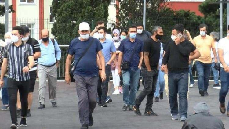 <p>En fazla yeni vakanın görüldüğü yerler: Bin 601 yeni vaka ile Güneydoğu Anadolu Bölgesi, İstanbul`u takip etti.</p>  <p></p>