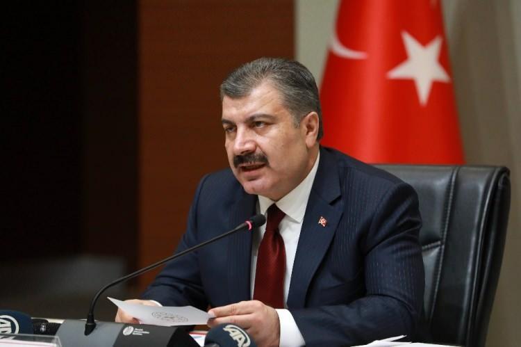 <p>Sağlık Bakanı Fahrettin Koca Şanlıurfa, Ankara, Diyarbakır ve Gaziantep'i vaka artışı konusunda uyardı.</p>