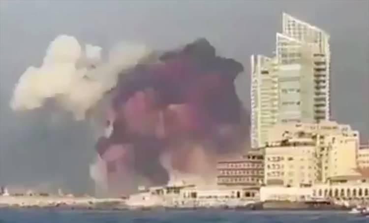 <p>Çevrede şiddetli patlama sesleri duyulduğu kaydedildi.</p>