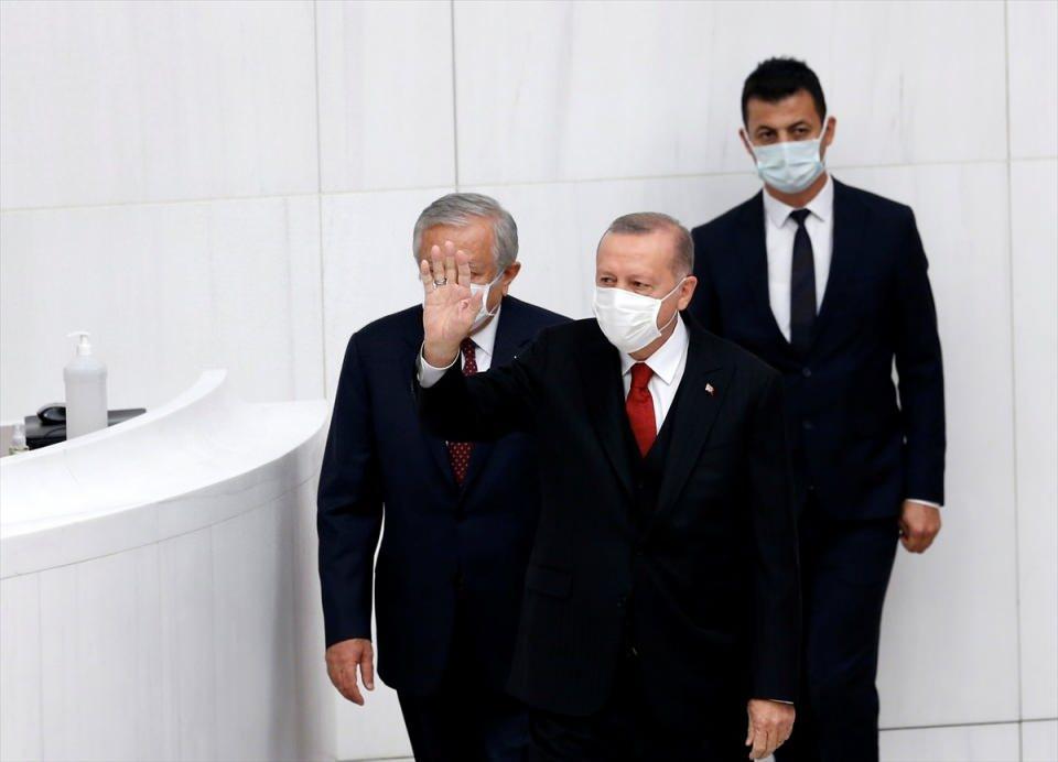 <p>Türkiye Büyük Millet Meclisi (TBMM) Genel Kurulu, 27. Dönem 4. Yasama Yılı'nın başlaması dolayısıyla TBMM Başkanı Mustafa Şentop başkanlığında özel gündemle toplandı.</p>  <p></p>