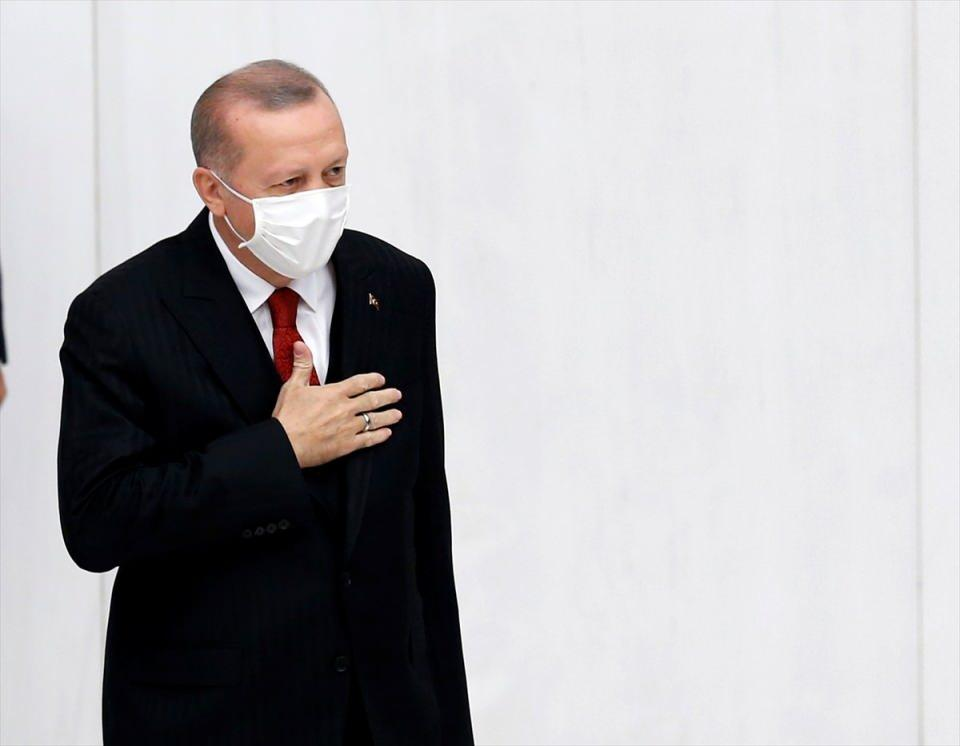<p>Türkiye Cumhurbaşkanı Recep Tayyip Erdoğan, 27. Dönem 4. Yasama Yılı'nın açılış konuşmasını yapmak üzere TBMM Genel Kurulu'na geldi.</p>