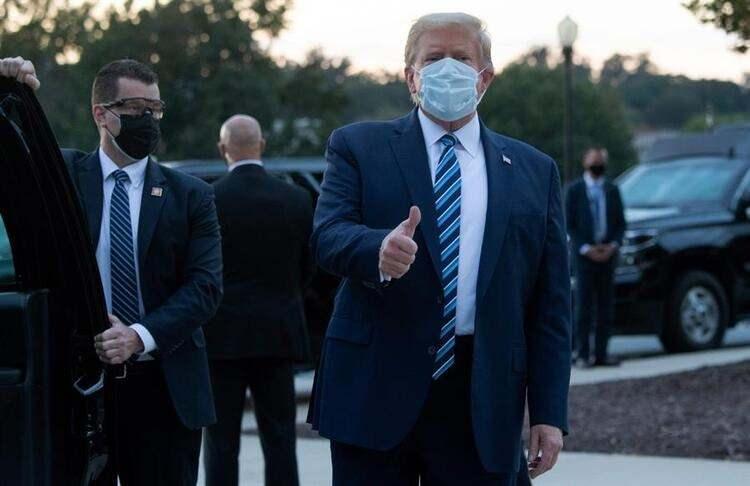 <p>Time'da yer alan bir haber Donald Trump'a uygulanan sıra dışı ve daha önce görülmemiş tedavinin detaylarını ortaya koydu.</p>  <p></p>