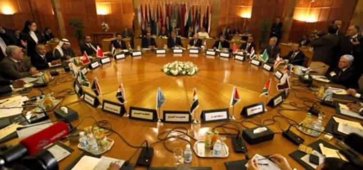 <p>Bunun üzerine Filistin 22 Eylül'de Arap Birliği Genel Sekreterliği'nin Arap Barış Girişimi'ne aykırı olarak İsrail ile normalleşen BAE ile Bahreyn'e destek vermesi nedeniyle Birliğin dönem başkanlığını bıraktığını duyurdu.</p>