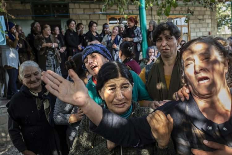 <p>Cepheye gelen karşılık neticesinde Ermeni askerler bulundukları mevzileri terk ederek bölgeden kaçmıştı.</p>