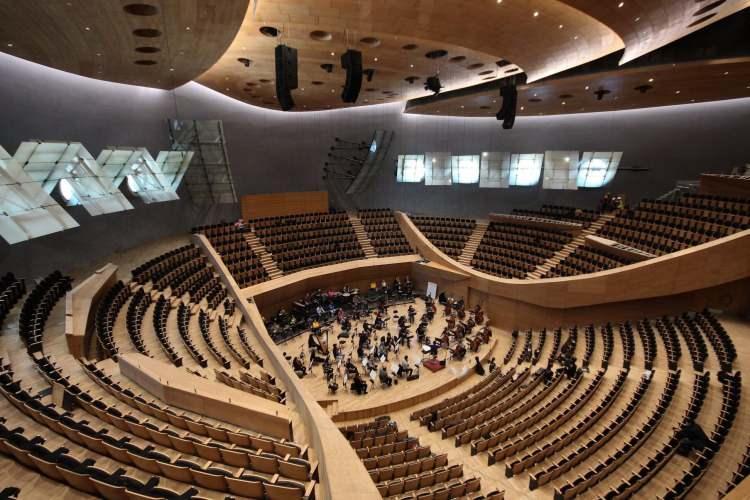 <p>Yeni bina klasik müzikten geleneksel müziğe, dünya müziğinden popüler müziğe kadar çok zengin bir içerikle sanatseverlere hizmet verecek.</p>