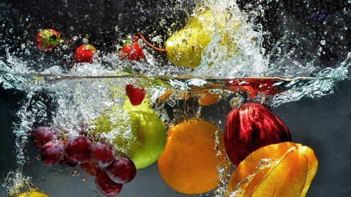 <p>Pestisit yüklü meyve ve sebzeler</p>