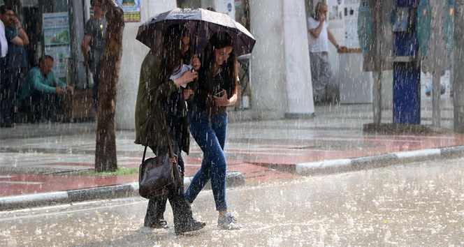 <p><strong>AKDENİZ BÖLGESİ</strong></p>  <p>Parçalı ve çok bulutlu, Batı Akdeniz'in aralıklı sağanak yağışlı geçeceği tahmin ediliyor.</p>  <p><strong>ADANAHAVA DURUMU°C,22°C</strong></p>  <p>Parçalı ve az bulutlu</p>  <p><strong>ANTALYAHAVA DURUMU°C,20°C</strong></p>  <p>Çok bulutlu ve aralıklı sağanak yağışlı</p>  <p><strong>HATAYHAVA DURUMU°C,17°C</strong></p>  <p>Parçalı ve az bulutlu</p>  <p><strong>ISPARTAHAVA DURUMU°C,14°C</strong></p>  <p>Çok bulutlu, aralıklı sağanak yağışlı</p>