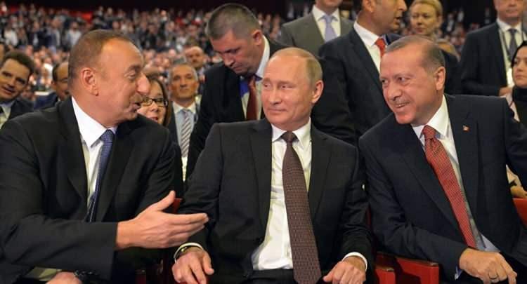 <p><strong>ALİYEV DEMİRYOLUNDAN BAHSETMİŞTİ</strong></p>  <p>Aliyev ayrıca, Azerbaycan'ın Türkiye ve İran sınırındaki Nahçıvan Özerk Cumhuriyeti ile ilk kez bir demiryolu bağlantısına sahip olacağını söyledi.</p>