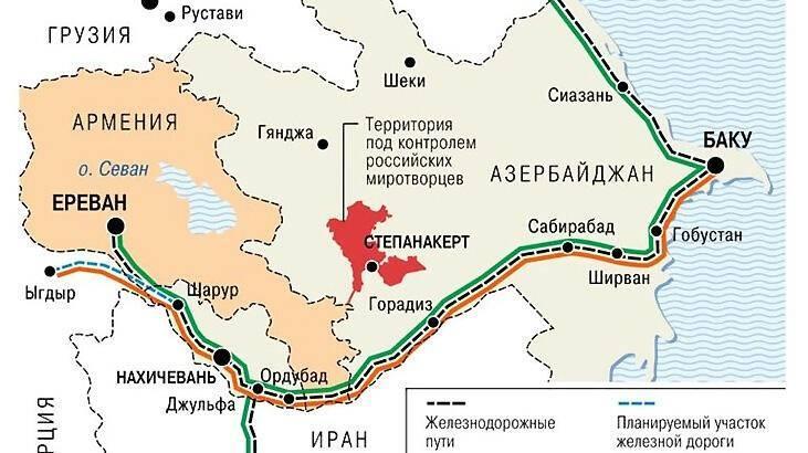 <p><strong>HARİTADAKİ HATLAR NERELERİ BİRBİRİNE BAĞLAYACAK?</strong></p>  <p>Haritaya göre siyah çizgi demiryolu hatlarını, mavi çizgi planlanan hatları, yeşil çizgi Rusya-Ermenistan-İran bağlantısını, turuncu ise, Azerbaycan-Türkiye bağlantısını gösteriyor.</p>