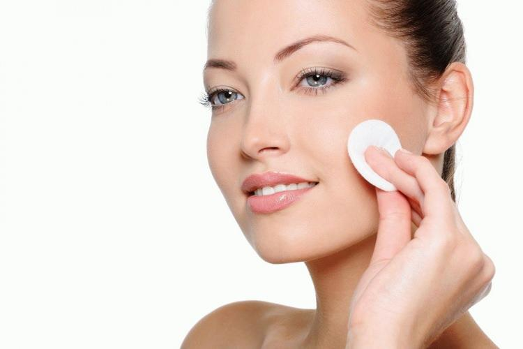 En iyi yüz temizleme tonikleri 2021! Yüz temizleme toniği ne işe yarar?