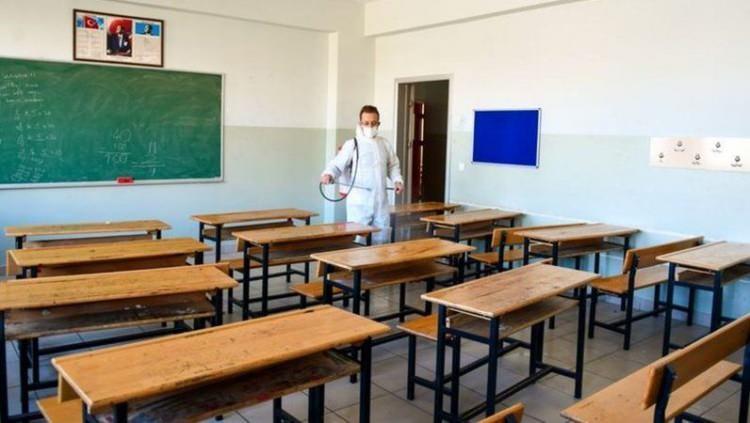 <p>Kurul, öğretmenler aşılanmadan okulların açılmaması gerektiğini belirtti.</p>  <p></p>