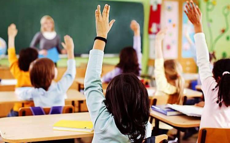 <p>Milyonlarca öğrenci ve velilerin merakla beklediği yüz yüze eğitimle ilgili merak edilen sorular yanıt buldu.</p>