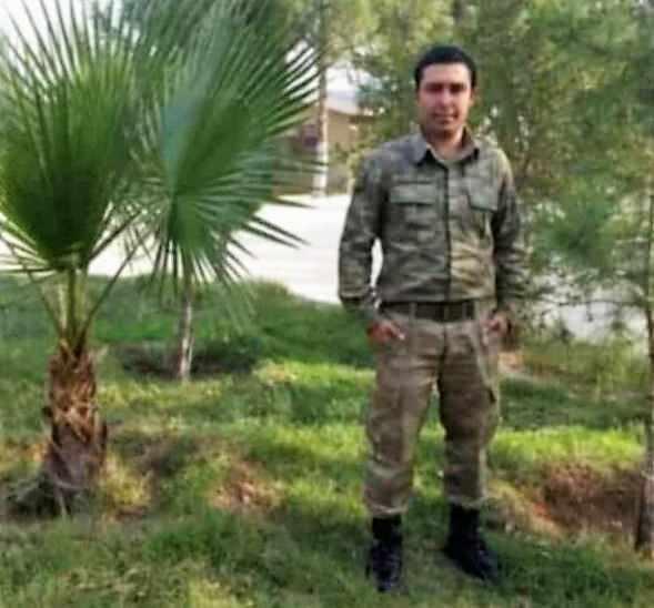<p>Irak'ın kuzeyindeki Gara bölgesinde PKK'lı teröristler tarafından şehit edilen 13 kişiden biri olan Hava Savunma Uzman Çavuş Hüseyin Sarı için Ulu Camiinde öğle namazının ardından tören düzenlendi.</p>  <p></p>