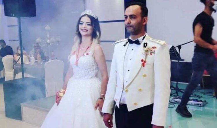 <p>Milli Savunma Bakanlığı'nca, Bingöl'den Tatvan ilçesine gitmek üzere kalkan askeri helikopterin kaza kırıma uğraması sonucu 11 askerin şehit olduğu, 2 askerin de yaralandığı açıklandı. Şehitlerden Yüzbaşı Salih Sarıoğlu'nun Samsun'un Bafra ilçesi nüfusuna kayıtlı olduğu öğrenildi. Evli olan Sarıoğlu'nun cenazesinin Ankara'da toprağa verileceği belirtildi.</p>  <p></p>