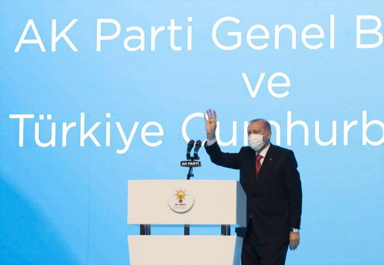 <p>AK Parti Genel Merkez Kadın Kolları Başkanı Lütfiye Selva Çam, partisinin Kadın Kolları 6. Olağan Kongresi'ne katılarak konuşma yaptı.</p>  <p></p>