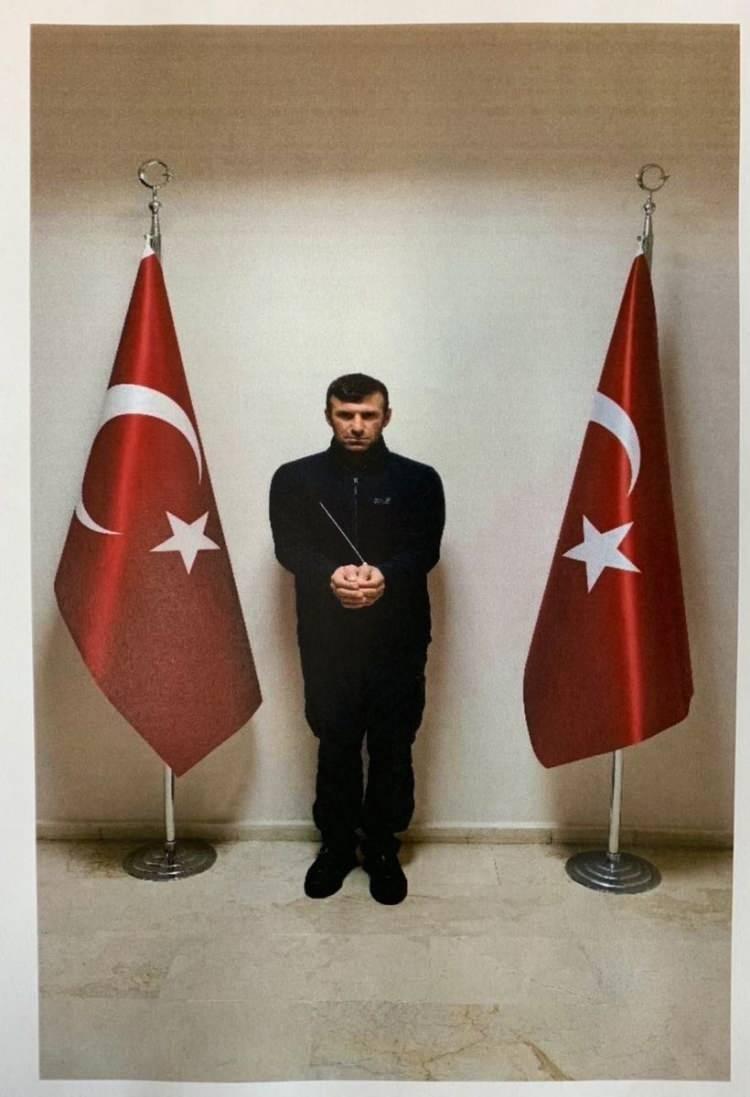 """<p>Milli İstihbarat Teşkilatı (MİT), PKK/KCK'nın Suriye kolu PYD/YPG'nin sözde tugay komutanı """"Şeh Guyi"""" kod adlı terörist İbrahim Babat'ı Suriye'deki nokta operasyonuyla yakalayarak Türkiye'ye getirdi.</p>  <p></p>"""