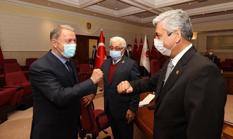 """<p>""""Türk Silahlı Kuvvetlerinin başarılarını görmeyen, görmek istemeyen, hırs, ihtiras ve haset ile körleşenlerdir.</p> <p></p>"""