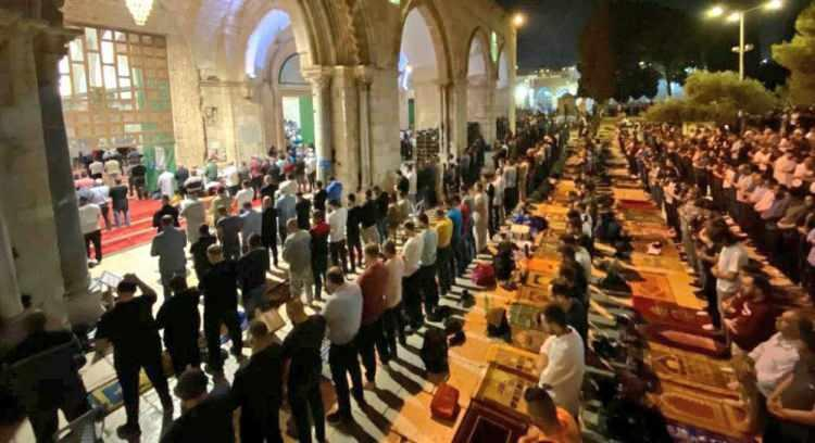 <p>Filistin Kızılayına göre işgalci İsrail güçlerinin dün akşam gerçekleştirdiği saldırılarda 205 Filistinli yaralandı.</p>