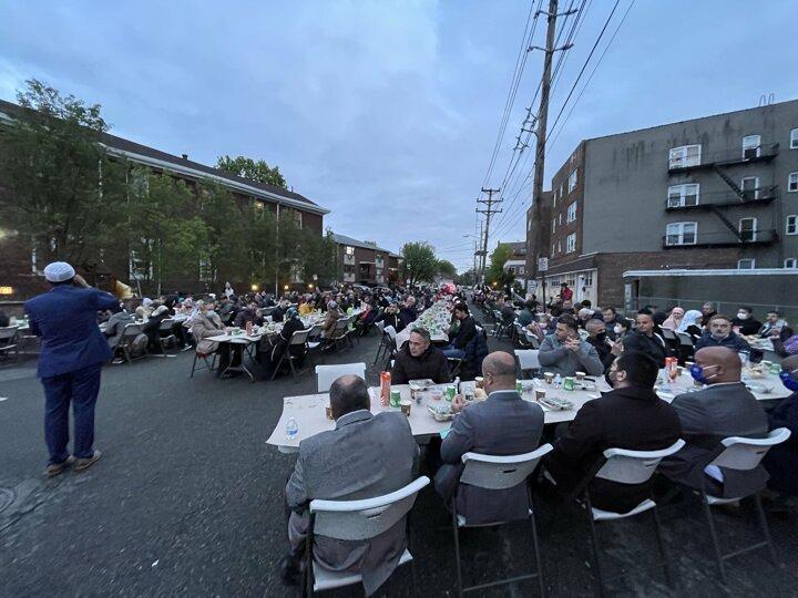 ABD'de yaşayan Türkler sokak iftarı düzenlendi