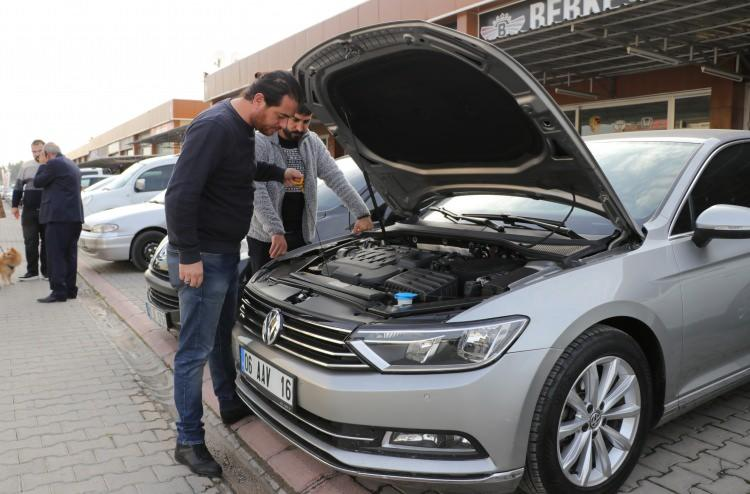 Otomobil alacaklar dikkat: İkinci el araçlarda satış ve fiyatlar düştü