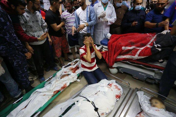 <p>Öte yandan Hamas'ın askeri kanadı İzzeddin el-Kassam Tugayları, Şati Mülteci Kampı'ndaki bir eve düzenlenen saldırıya karşılık olarak ve işgal altındaki Batı Şeria'da şehit olan Filistinlilerin intikamının alınması için Aşdod, Beersheba'nın roketlerle vurulduğunu duyurdu.</p>  <p></p>