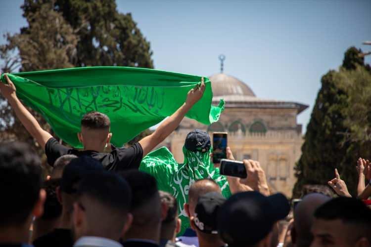 <p>Kudüs ve Filistin Eski Müftüsü Şeyh İkrime Sabri, okuduğu cuma hutbesinde Mescid-i Aksa'nın İsrail'in Doğu Kudüs'ü işgal ettiği 1967'den bu yana bu kadar saldırıya maruz kalmadığını vurguladı.</p>  <p></p>